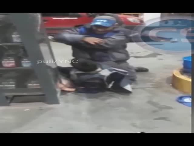 frentista de posto de gasolina
